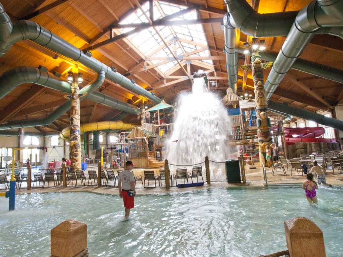 Great Wolf Lodge, nearby the 93rd District